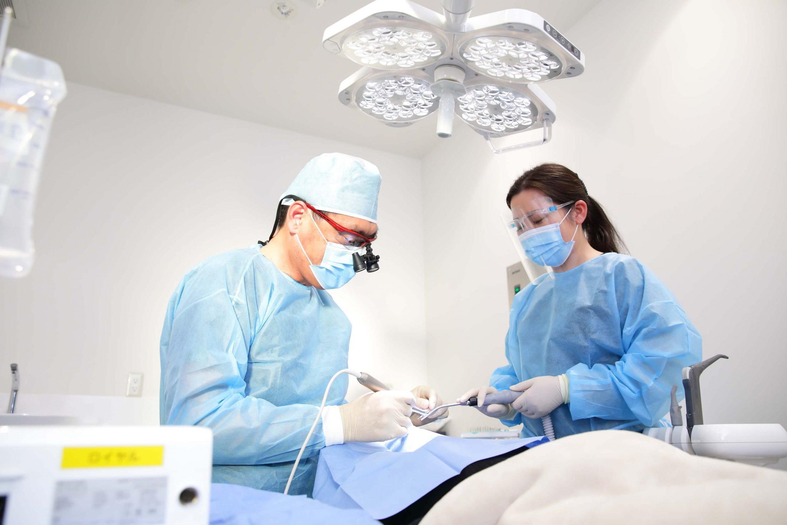 1次手術(インプラント埋込)